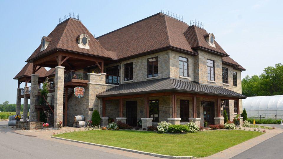 Projet commercial vignoble Rivière-du-chêne